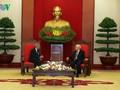 チョン書記長、キューバ共産党代表団と会見