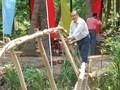 猿の橋のコンクリート化させた専門家のチン・バン・イーさん