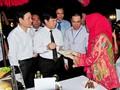 Memperkenalkan kuliner Indonesia kepada sahabat-sahabat internasional