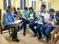 Lớp học tiếng Anh của cựu binh Mỹ