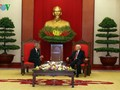 Vietnam y Cuba afianzan relaciones entre sus organizaciones políticas