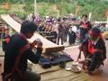 Kpan-Bangku kekuasaan dari warga etnis minoritas E De
