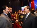 Диалог премьера Вьетнама с представителями бизнес-кругов страны
