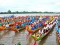 Праздник «Оок ом Бок» - гонка на лодках «Нго» представителей Кхмеров на юге Вьетнама
