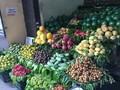 河内水果零售摊点价格比超市便宜