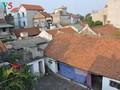 Традиционная и французская архитектуры в деревне Кыда