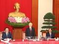 Nguyen Phu Trong rencontre les nouveaux ambassadeurs et représentants vietnamiens