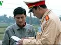 APEC 2017: Da Nang organise des cours d'anglais pour la police de la route