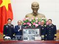 Le PM rencontre des anciens combattants de la piste maritime Ho Chi Minh