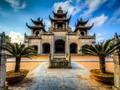 វិហារថ្ម Phat Diem នៅស្រុក Kim Son ខេត្ត Ninh Binh