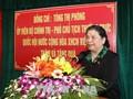 Vize-Parlamentspräsidentin Tong Thi Phong besucht Menschen mit Verdiensten in Nghe An