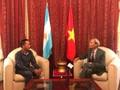 Visita del presidente argentino a Vietnam marcará hito histórico en lazos bilaterales, afirma embajador vietnamita