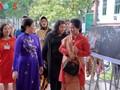 L'épouse du président indonésien visite le Musée de la femme vietnamienne