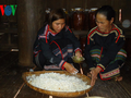 """""""Ruou can"""" represents Ede people's solidarity, hospitality"""
