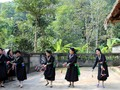 テイ族の伝統的文化の保存に取り組んでいるスアンザン村