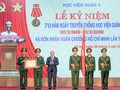 Premierminister Nguyen Xuan Phuc nimmt an Feier zum Traditionstag der militärmedizinischen Akademie teil