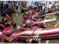 Kerajinan menenun kain ikat dari warga etnis minoritas Cao Lan