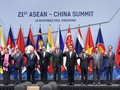 PM calls on ASEAN, China to promote dialogues, build trust, uphold international law