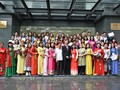 80 Vietnamese expats complete Vietnamese language training course