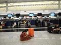 中国:香港机场下令禁止骚乱者入内