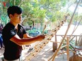 Se Dang youth inspires passion for traditional music