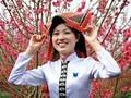 Разноцветная традиционная женская одежда нацменьшинств в провинции Шонла