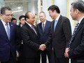 Prime Minister Nguyen Xuan Phuc calls for more Chinese investment in infrastructure