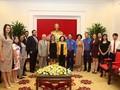 Delegación juvenil de Venezuela recibida por funcionaria partidista vietnamita