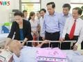 Parlamentspräsidentin Nguyen Thi Kim Ngan besucht Kriegsversehrte in Ha Nam