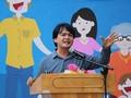 О директоре средней школы Хюнь Тхань Фу, который прививает любовь своих учеников к Родине
