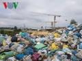 """호찌민 대학교들, 플라스틱 폐기물과 """"선전포고"""""""