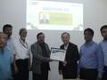 Đại học Bangladesh phong hàm GS danh dự cho GS BS gốc Việt