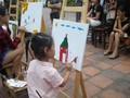 การประกวดวาดภาพสีอะคริลิก – กิจกรรมที่น่าสนใจในช่วงพักร้อนของเด็กนักเรียนในกรุงฮานอย