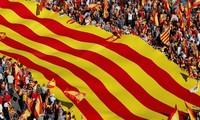 ຢຸດຕິວິກິດການຢູ່ Catalonia ດ້ວຍການເລືອກຕັ້ງ