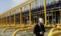 EU proposes trilateral gas negotiation