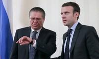 Perancis  memperkuat  kerjasama dengan Rusia tanpa memperdulikan sanksi-sanksi