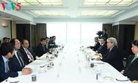 PM Vietnam, Nguyen Xuan Phuc  mengadakan pertemuan dengan para investor Jepang