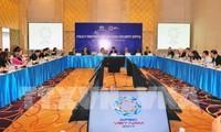 Mengevaluasikan Konferensi SOM3 dan semua pertemuan yang bersangkutan