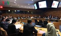 Para Menlu ASEAN  berbahas tentang masalah-masalah internasional dan regional di sela-sela persidangan ke-72 MU PBB