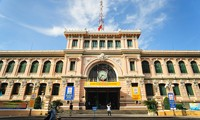Kantor Pos Sentral Sai Gon-Bangunan arsitektur  khusus di kota Ho Chi Minh