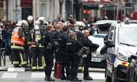 Perancis menangkap banyak terduga  yang berintrik menyerang umat Islam