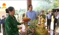 ズン首相、軍医記念碑落成式に参列