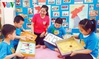 首都ハノイの教育部門で多くのイニシアチブをとったレ先生
