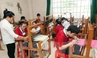 身体障がい者の社会復帰に有利な条件を作り出すベトナム
