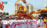村の春祭り