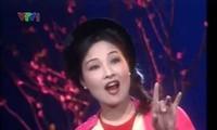 優秀芸術家ホンガットの歌声