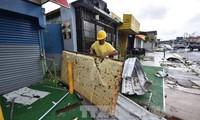 ハリケーンで9人死亡 「マリア」米本土へ北上