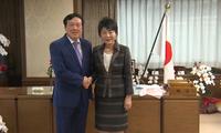 ビン最高裁長官、日本の法務大臣と会見