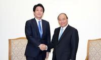 フック首相、薗浦 健太郎 衆議院議員と会見