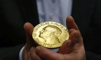 喜び分かち合うノーベル賞授賞式、平和賞の式にはサーロー節子さんも出席